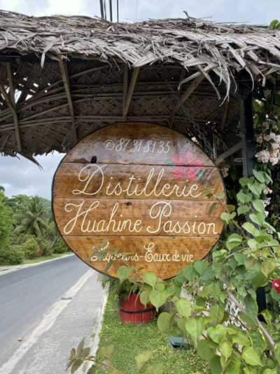 POLYNÉSIE FRANCAISE : HUAHINE , LA SAUVAGE
